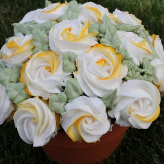 Yellow Rose Cupcakes