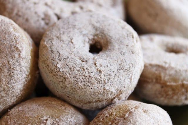 baked apple cider donuts @createdbydiane