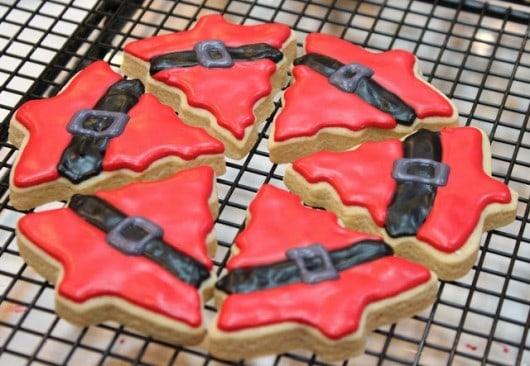 Santa suit tree cookies @createdbydiane #christmascookies