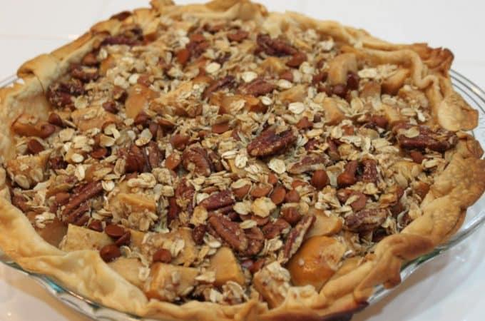 cinnamon apple hodge podge pie