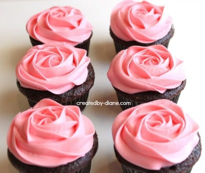 Gallery For gt Two Tone Rose Cupcakes
