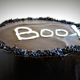 Halloween Cake with a surprise inside