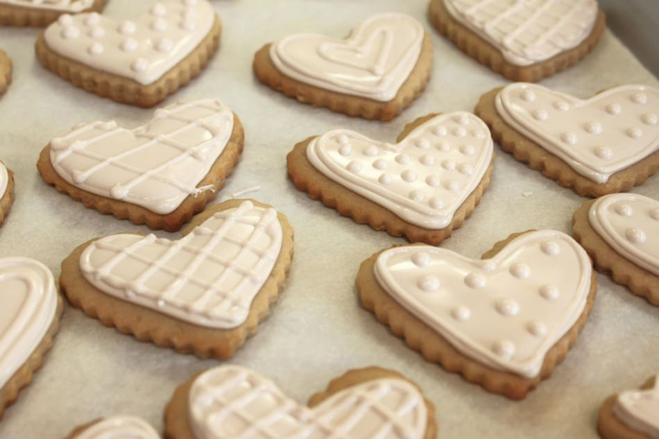 white-on-white-cookies-lennox-china-cook