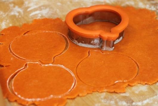orange pumpkin pie crust for pumpkin cheesecake hand pies