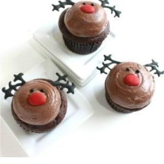 REINDEER CUPCAKES- CHRISTMAS CUPCAKES- CHOCOLATE CHERRY CUPCAKES- www.createdbydiane.com