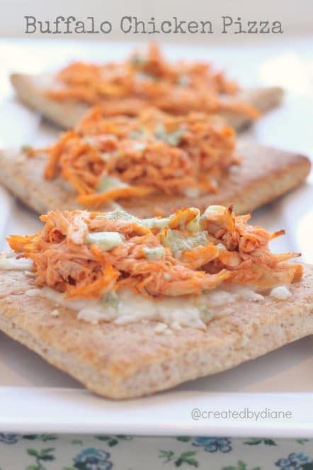 Easy Buffalo Chicken Pizza @createdbydiane