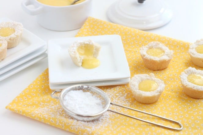 Lemon Shortbread with Lemon Curd