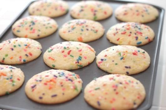 mini funfetti cakes
