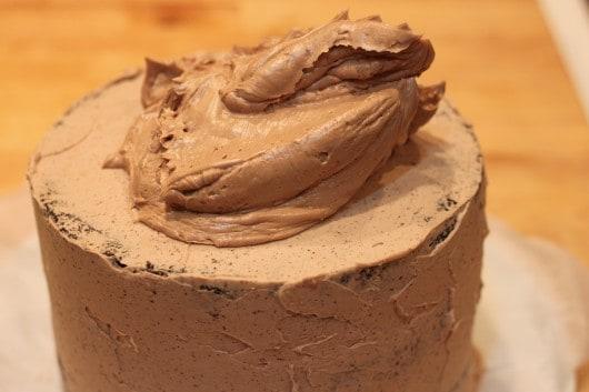 Refrigerator Chocolate Fudge Frosting Cake: Dark Chocolate Fudge Cake