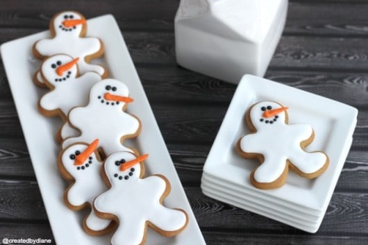 Snowman Cookies with Gingerbread Cookie Cutter @createdbydiane Frosty the Snowman Cookies
