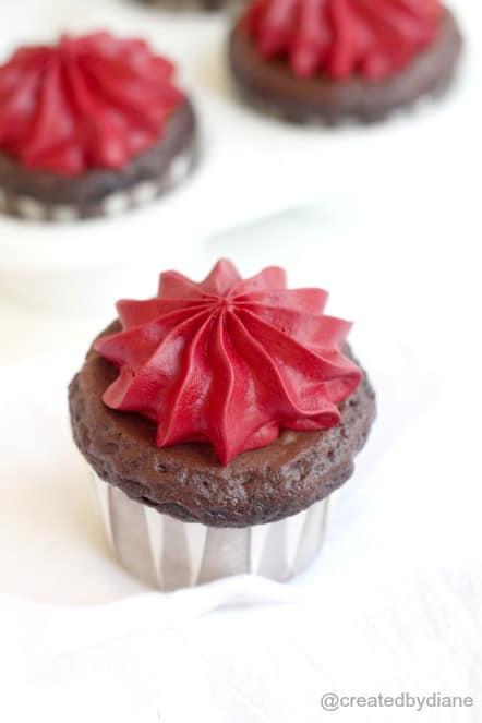 Chocolate Cupcakes with Red Velvet Frosting @createdbydiane
