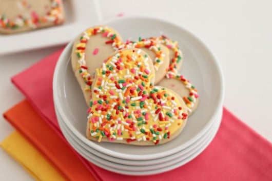 lemon cookies with sprinkles, lemon icing and more sprinkles @createdbbydiane #sprinkles #lemon