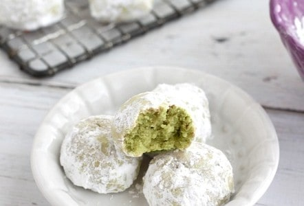 Avocado Mexican Wedding Cookies @createdbydiane