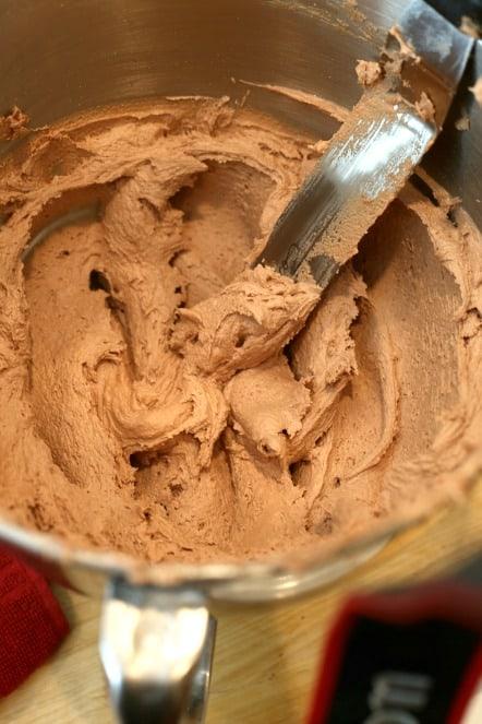 chocolate malt frosting @createdbydiane