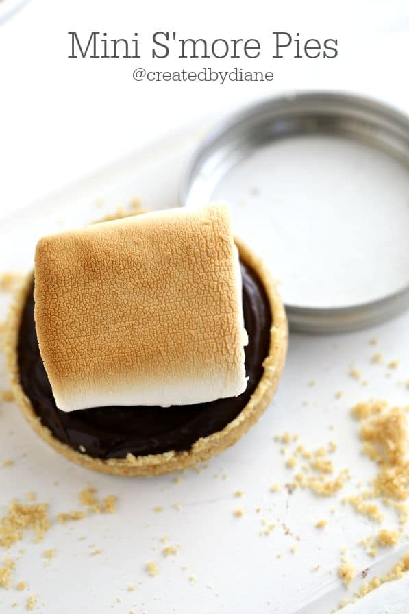 Mini S'more Pies from @createdbydiane