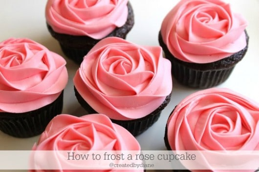 how to frost a rose cupcake @createdbydiane