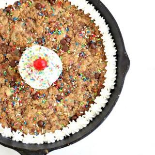 Sprinkle Chocolate Chip Skillet Cookie @createdbydiane