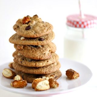 Chocolate Chip Pretzel Cookies @createdbydiane