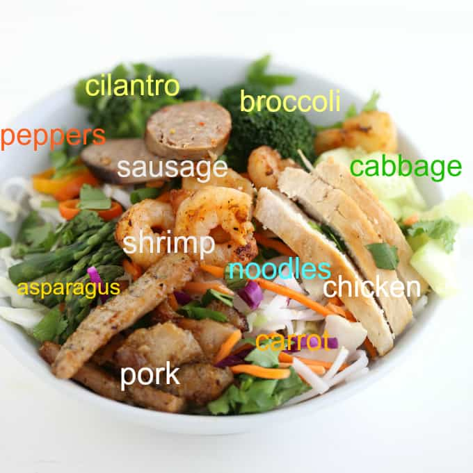 whats in a Vietnamese vermicelli bowl