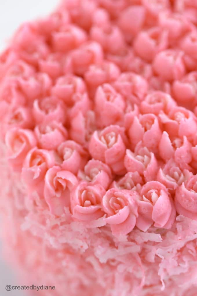 pink and white rose frosting @createdbydiane