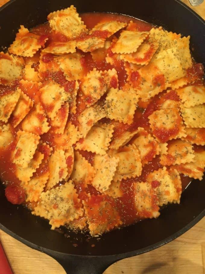 baked ravioli pizza