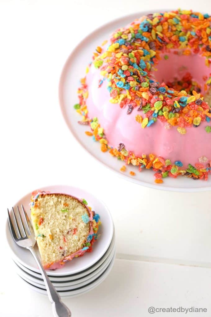 fantastically-pretty-fruity-pebble-bundt-cake