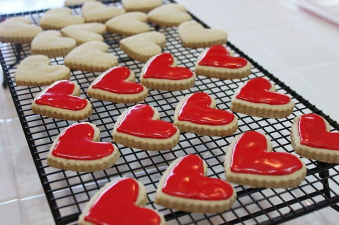 icing cookies @createdbydiane
