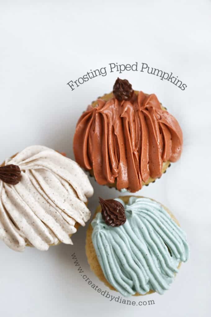 Frosted Piped Pumpkins www.createdbydiane.com