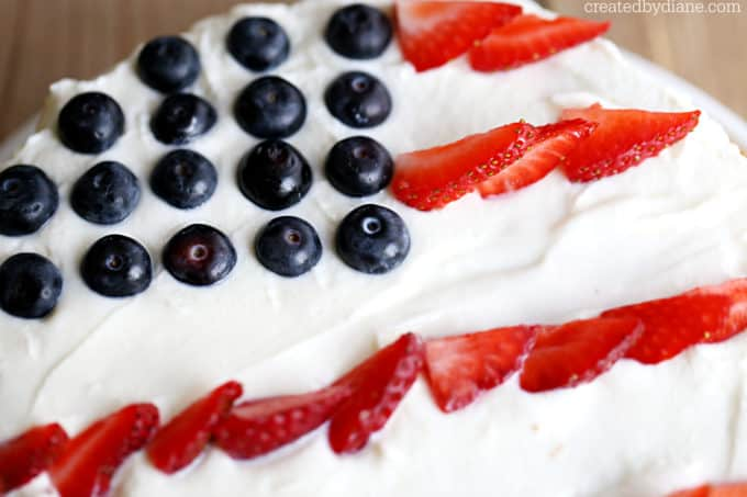 american flag cake, happy 4th of july! createdbydiane.com