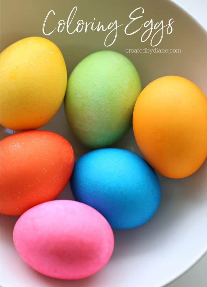 Coloring Eggs the EASY way createdbydiane.com